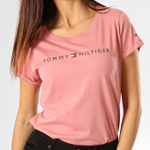 /achat-t-shirts/tommy-hilfiger-jeans-tee-shirt-femme-rn-logo-1618-rose-193138.html