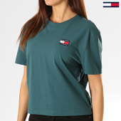 /achat-t-shirts/tommy-hilfiger-jeans-tee-shirt-femme-badge-6813-vert-sapin-193144.html