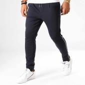 /achat-pantalons-joggings/uniplay-pantalon-jogging-a-bandes-up-t3396-bleu-marine-blanc-193159.html