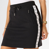 /achat-jupes/calvin-klein-jeans-jupe-femme-avec-bandes-2176-noir-193235.html