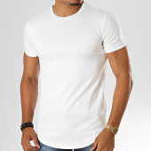/achat-t-shirts-longs-oversize/uniplay-tee-shirt-oversize-floral-bandana-uy438-blanc-193223.html