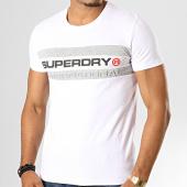 /achat-t-shirts/superdry-tee-shirt-trophy-m1000052b-blanc-gris-chine-193403.html