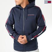 /achat-sweats-zippes-capuche/tommy-sport-sweat-zippe-capuche-a-bandes-fleece-fz-0287-bleu-marine-blanc-rouge-193737.html