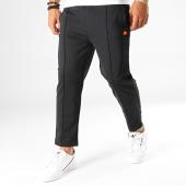 /achat-pantalons-joggings/ellesse-pantalon-jogging-dodges-shc07349-noir-193823.html