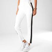 /achat-pantalons-carreaux/girls-only-pantalon-femme-a-bandes-311-1-blanc-noir-193900.html