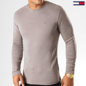 /achat-t-shirts-manches-longues/tommy-hilfiger-jeans-tee-shirt-slim-manches-longues-rib-5089-gris-194141.html