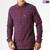 /achat-chemises-manches-longues/tommy-hilfiger-jeans-chemise-manches-longues-a-carreaux-sustainable-gingham-7140-bordeaux-bleu-marine-194396.html
