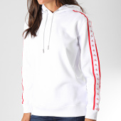 /achat-sweats-capuche/calvin-klein-jeans-sweat-capuche-femme-a-bandes-monogram-tape-2228-blanc-194744.html