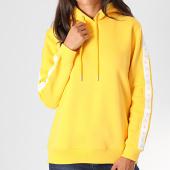 /achat-sweats-capuche/calvin-klein-jeans-sweat-capuche-femme-a-bandes-monogram-tape-2228-jaune-194745.html