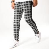 /achat-pantalons-carreaux/aarhon-pantalon-a-carreaux-avec-bandes-19085-noir-194808.html