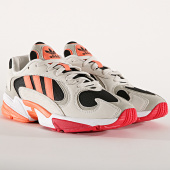 /achat-baskets-basses/adidas-baskets-yung-1-ee5320-core-black-corail-raw-white-195797.html