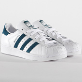 https://www.laboutiqueofficielle.com/achat-baskets-basses/adidas-baskets-femme-superstar-ef9248-footwear-white-tech-mint-core-black-196157.html