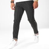 /achat-pantalons-carreaux/aarhon-pantalon-a-rayures-19006-noir-196400.html