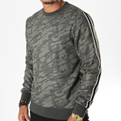 /achat-sweats-col-rond-crewneck/jack-and-jones-sweat-crewneck-a-bandes-industrial-vert-kaki-camouflage-196546.html