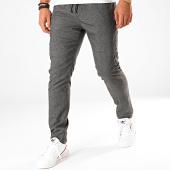 /achat-pantalons-carreaux/antony-morato-pantalon-a-carreaux-mmtr00510-gris-anthracite-196701.html