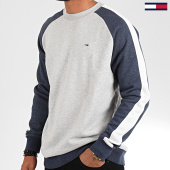 /achat-sweats-col-rond-crewneck/tommy-jeans-sweat-crewneck-a-bandes-contrast-sleeve-7034-gris-clair-chine-bleu-marine-196636.html