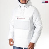 /achat-vestes/tommy-sport-veste-col-zippe-capuche-block-insulation-0264-gris-clair-196865.html