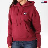 /achat-sweats-capuche/tommy-jeans-sweat-capuche-femme-tommy-badge-6815-bordeaux-196871.html