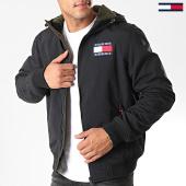 /achat-vestes/tommy-hilfiger-jeans-veste-zippee-capuche-padded-nylon-7120-noir-197146.html
