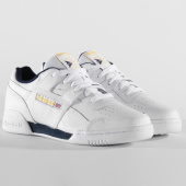 /achat-baskets-basses/reebok-baskets-workout-plus-dv8749-white-collegiate-navy-toxic-yellow-197185.html