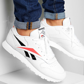 /achat-baskets-basses/reebok-baskets-classic-leather-eg1454-white-black-rosette-197574.html