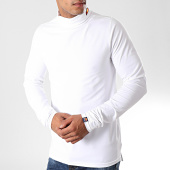 /achat-pulls-col-roule/ellesse-pull-col-roule-amica-shc05233-blanc-197757.html