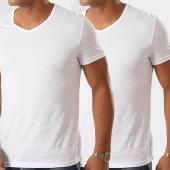 /achat-t-shirts/emporio-armani-lot-de-2-tee-shirts-v-neck-111648-cc722-blanc-198155.html