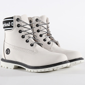 https://www.laboutiqueofficielle.com/achat-bottes-boots/timberland-boots-femme-6-inch-premium-waterproof-a24jj-white-nubuck-198095.html