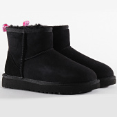 /achat-bottes-boots/ugg-bottines-femme-classic-mini-ii-graphic-logo-1110083-black-neon-pink-198093.html