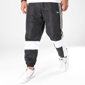 /achat-pantalons-joggings/adidas-pantalon-jogging-a-bandes-asymm-ed6244-noir-blanc-198326.html