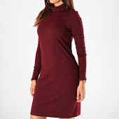 /achat-robes/vero-moda-robe-pull-femme-col-roule-malena-bordeaux-198301.html