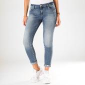 /achat-jeans/guess-jean-slim-femme-w94a99-d3py0-bleu-denim-198543.html