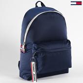 https://www.laboutiqueofficielle.com/achat-sacs-sacoches/tommy-jeans-sac-a-dos-logo-tape-5278-bleu-marine-198673.html