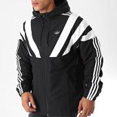 /achat-vestes/adidas-veste-zippee-capuche-balanta-ee2344-noir-blanc-199143.html