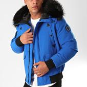 /achat-vestes/comme-des-loups-veste-zippee-capuche-fourrure-texas-bleu-electrique-noir-199595.html