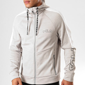 /achat-sweats-zippes-capuche/fila-sweat-zippe-capuche-a-bandes-atto-682821-gris-chine-blanc-200346.html