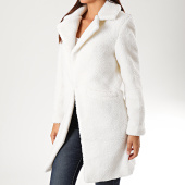 /achat-manteaux/sixth-june-manteau-femme-fourrure-mouton-w3832cow-blanc-200808.html