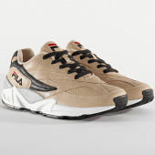 /achat-baskets-basses/fila-baskets-v94m-l-premium-low-1010715-desert-201130.html