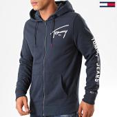 /achat-sweats-zippes-capuche/tommy-hilfiger-jeans-sweat-zippe-capuche-tommy-script-7026-bleu-marine-201018.html