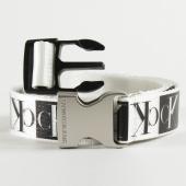 /achat-ceintures/calvin-klein-ceinture-plaque-canvas-6261-blanc-201220.html