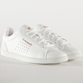 /achat-baskets-basses/le-coq-sportif-baskets-femme-courtstar-shiny-1920586-optical-white-cloud-pink-201390.html