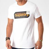 /achat-t-shirts/superdry-tee-shirt-core-logo-tag-m1000072a-blanc-201979.html