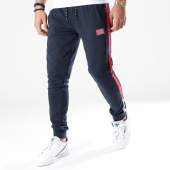 /achat-pantalons-joggings/jack-and-jones-pantalon-jogging-a-bandes-island-bleu-marine-bordeaux-202748.html