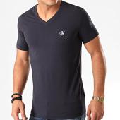 /achat-t-shirts/calvin-klein-tee-shirt-col-v-essential-4998-bleu-marine-203061.html