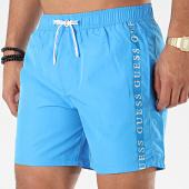/achat-maillots-de-bain/guess-short-de-bain-a-bandes-f01t01-tel60-bleu-clair-203330.html