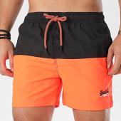 /achat-maillots-de-bain/superdry-short-de-bain-beach-volley-m3000004a-noir-orange-fluo-203356.html