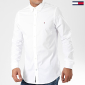 /achat-chemises-manches-longues/tommy-hilfiger-chemise-manches-longues-core-stretch-poplin-4704-blanc-203387.html