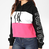 /achat-sweats-capuche/calvin-klein-jeans-sweat-capuche-crop-femme-blocking-statement-logo-2982-noir-blanc-rose-203480.html