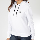 /achat-sweats-capuche/calvin-klein-jeans-sweat-capuche-femme-ck-embroidery-3178-blanc-203491.html