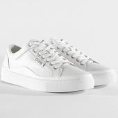 /achat-baskets-basses/guess-baskets-fm5larlea12-white-203606.html